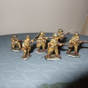 6 mixed riflemen various poses
