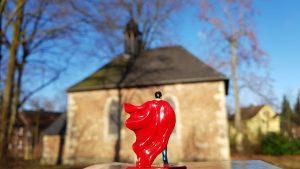 Superman vor der Kirche