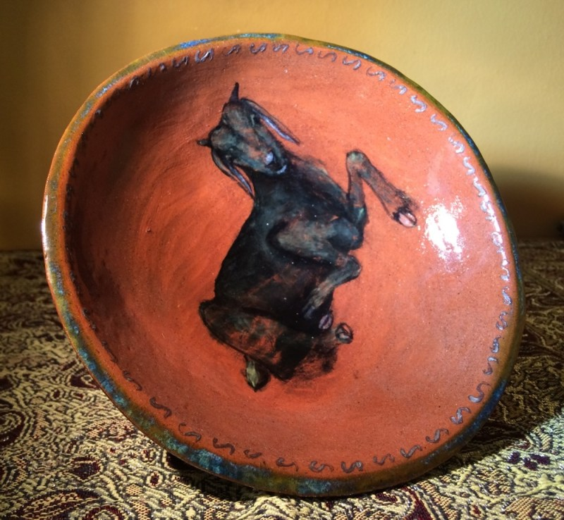 Goat bowl with foot.