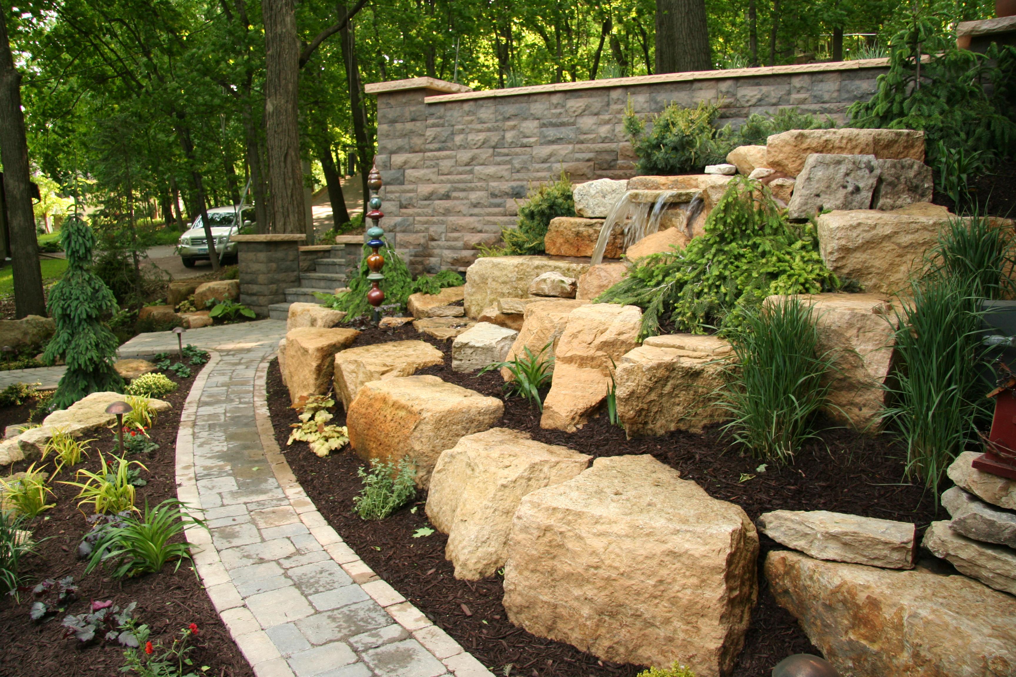 Retaining walls mn hardscapes mn landscape design for Land design landscaping