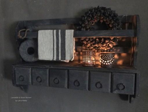 houten wandrek met 6 opbergbakjes van Aura Peeperkorn