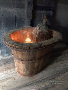 Oud houten ovale olijfbak