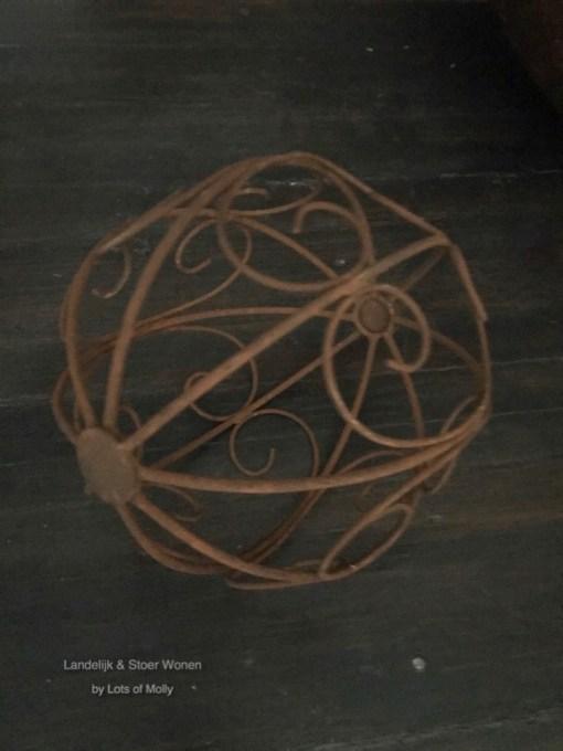 Ronde metalen ornament