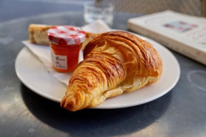 sunday in paris croissant
