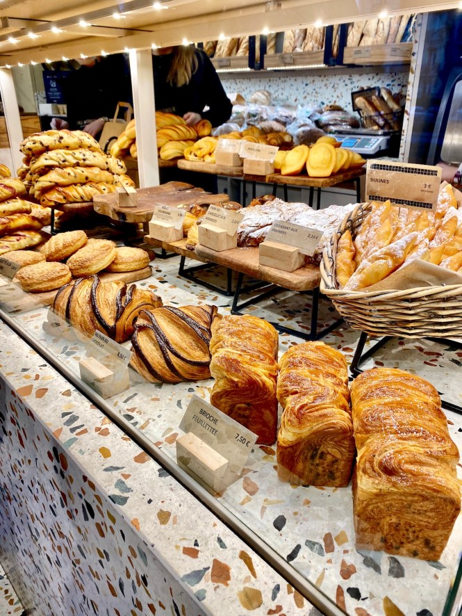 Pain au chocolats and pastries at Chez Meunier in Neuilly