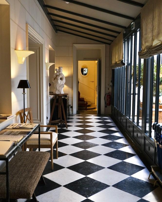 JK Place Paris Entrance