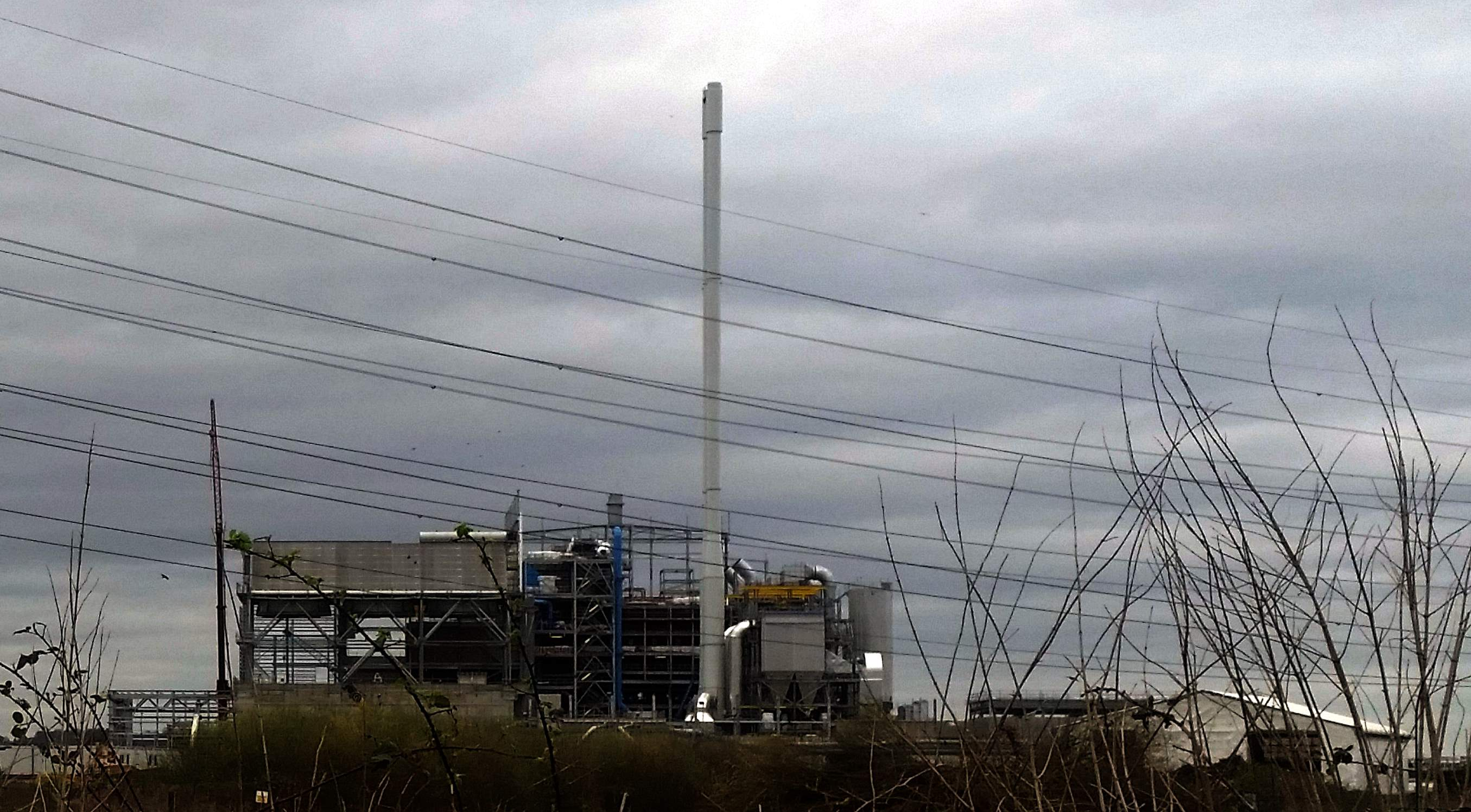 The Beddington Incinerator during construction - a new Waste Management UK facility.