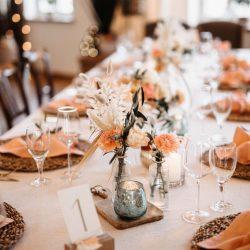 Tisichdekoration Hochzeit Koralle Boho
