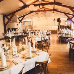 Tischdeko goldene Platzteller Hochzeitsfeier Mittelhessen Herborn