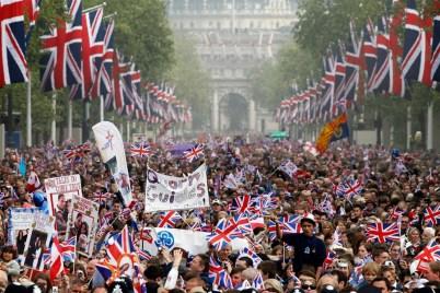 british-royal-wedding-street-pic