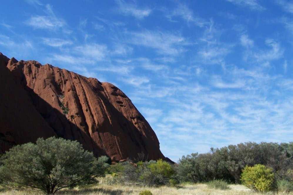 Ayers Rock Sky