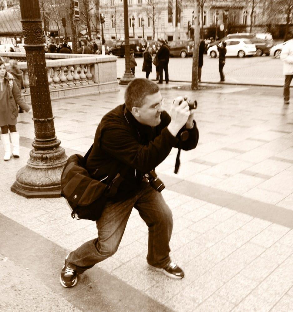 Matt taking photos in Paris