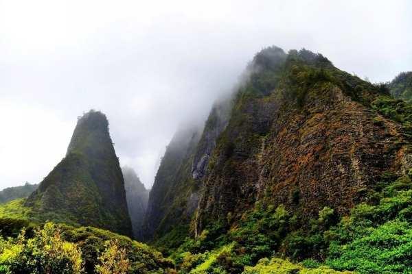 Iao Valley Needle, Maui