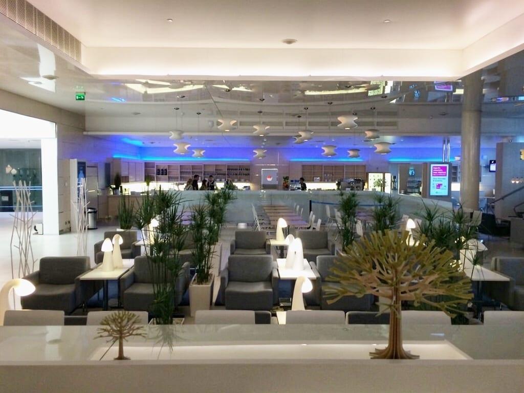 Finnair Business Class Lounge Helsinki FInland