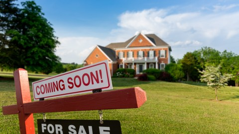 Shortage of Homes Creates Lull in Spring Home-Buying Frenzy