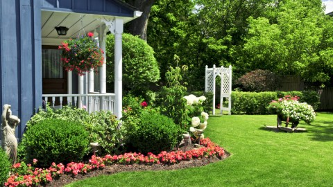 Smart and Simple Ways to Boost Your Home's Curb Appeal