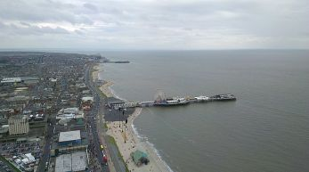 640px-Central_Pier,_Blackpool