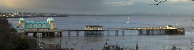 640px-Penarth_Pier,_Penarth,_S_Wales.jpg