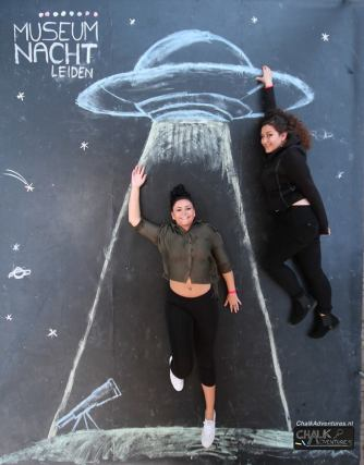chalk art Simone and Christina