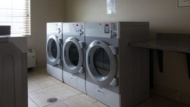 laundry-facility-washer