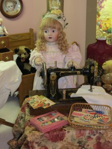 Here is one little corner of my doll room.