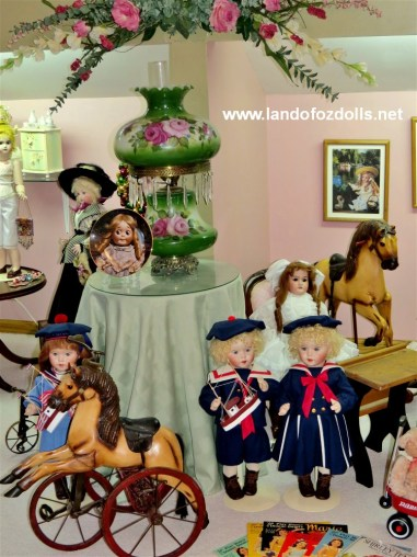 Land of Oz Dolls Doll Room