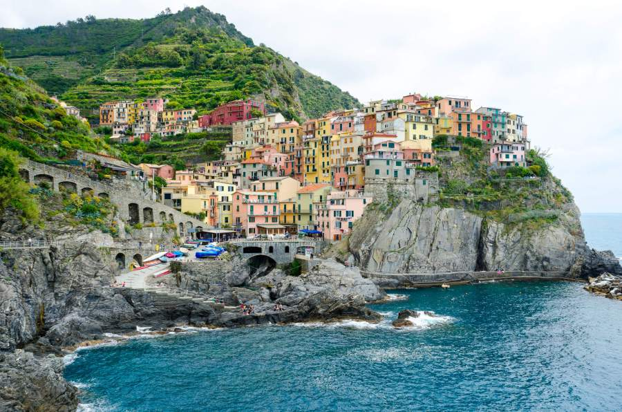 A picture of the famous Cinque Terre coast line