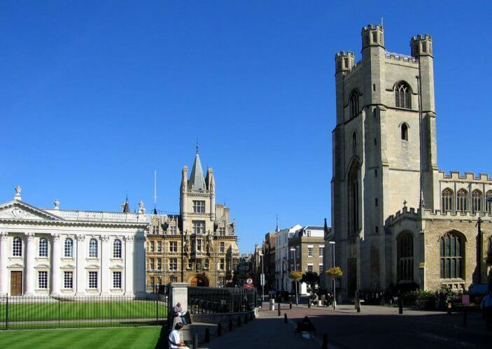 A picture of the Cambridge town centre in England