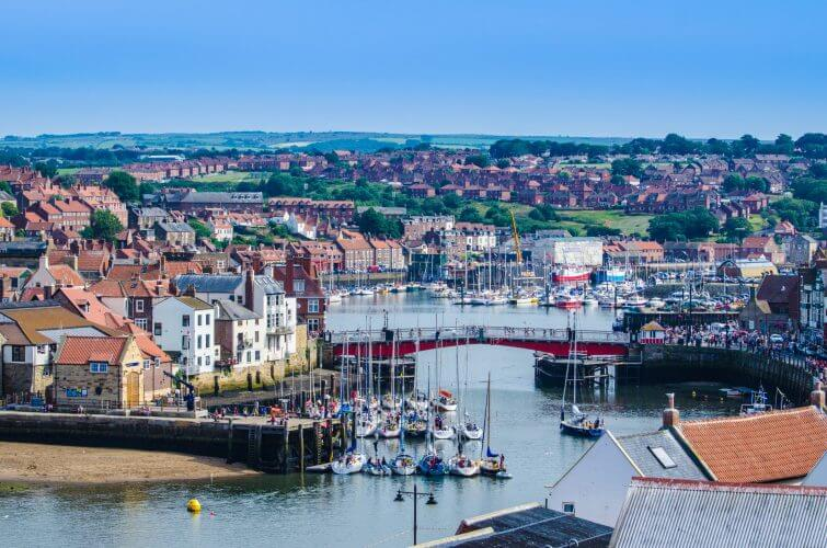 A pic of the village of Whitby on a fine summers day