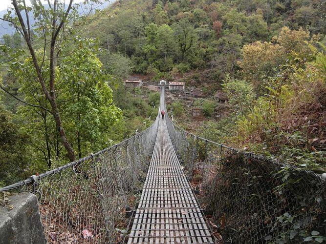 A shot of the bridge one must cross along the Jiri trek