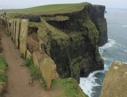Dangerous_areas_at_Cliffs_of_Moher,Liscannor,Ireland_-_panoramio