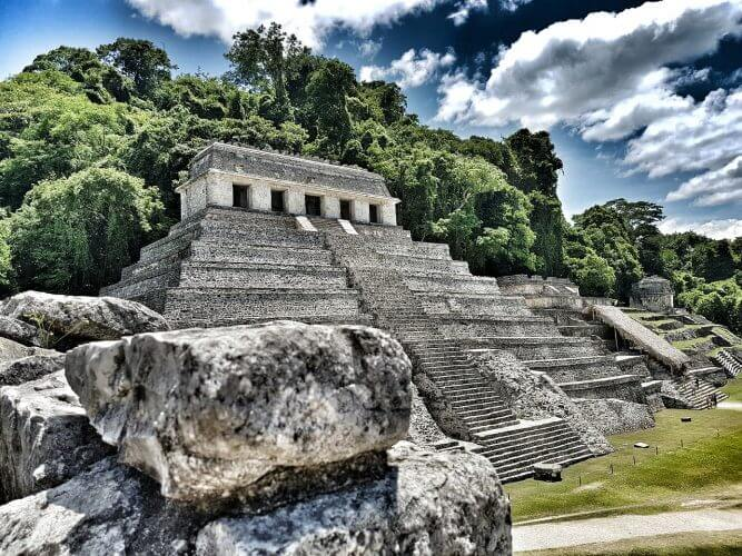 An image of a Pyramid at Palenque