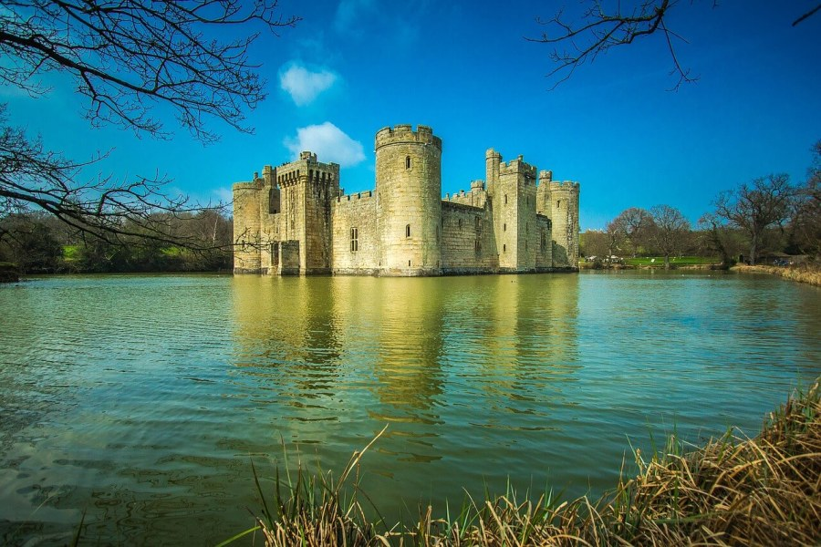 A view of Bodiam Castle in England