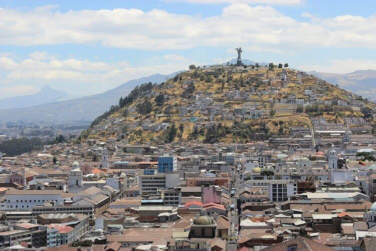 An aerial image of the city of Quito