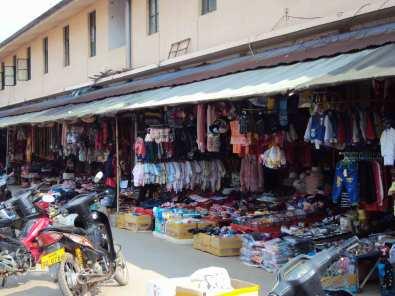 Viele Läden für wenige Menschen