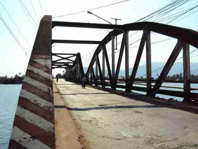 Brücke in Kampot