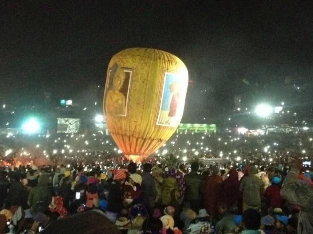 Ballonfestival in Taunggy (Myanmar)