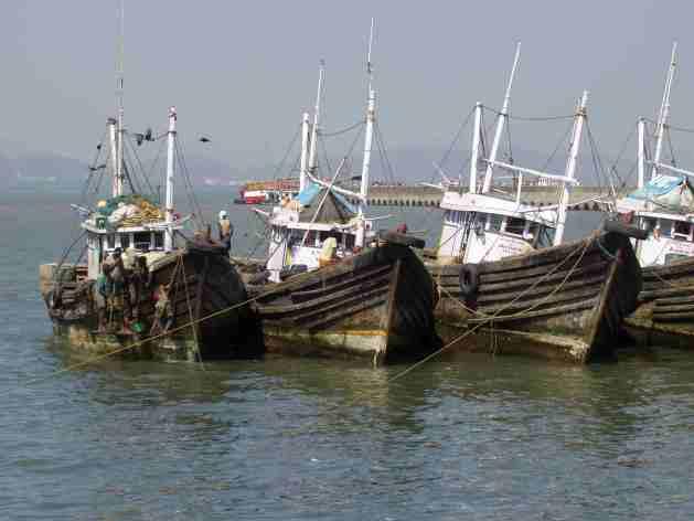 Schiffe vor Elephanta