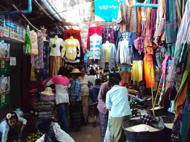 gedeckter Markt in Kalaw
