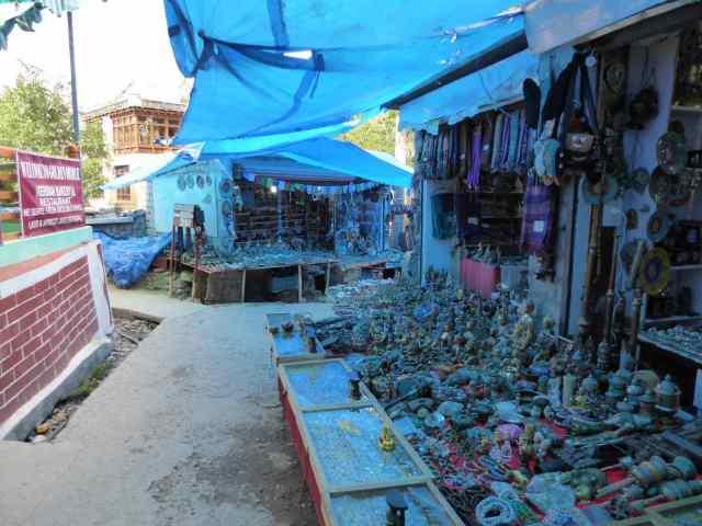 Souvenir stalls in Alchi