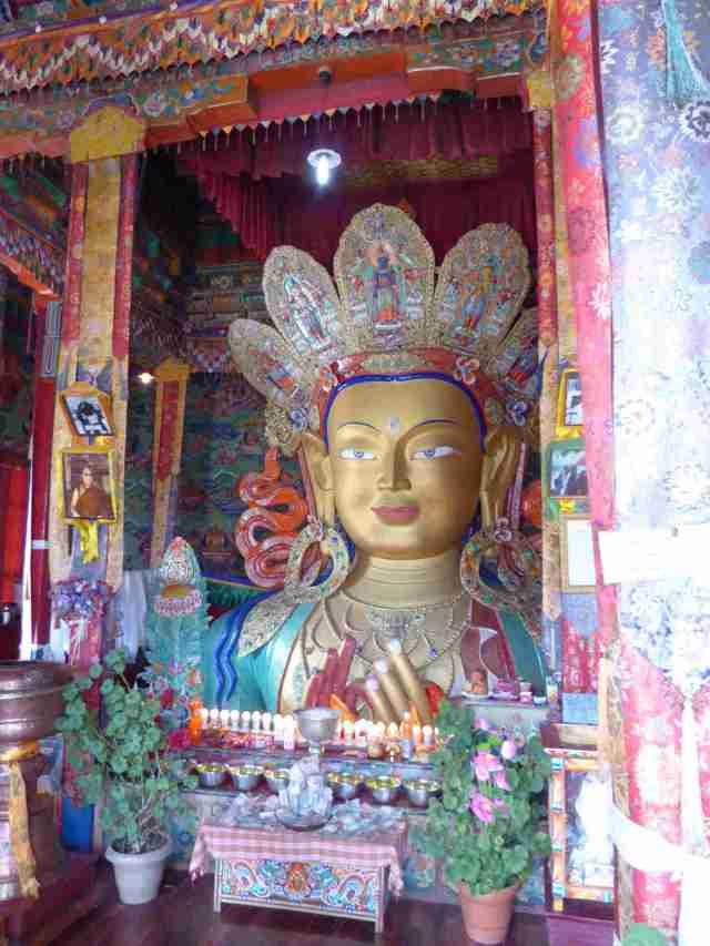 Buddha mit Krone