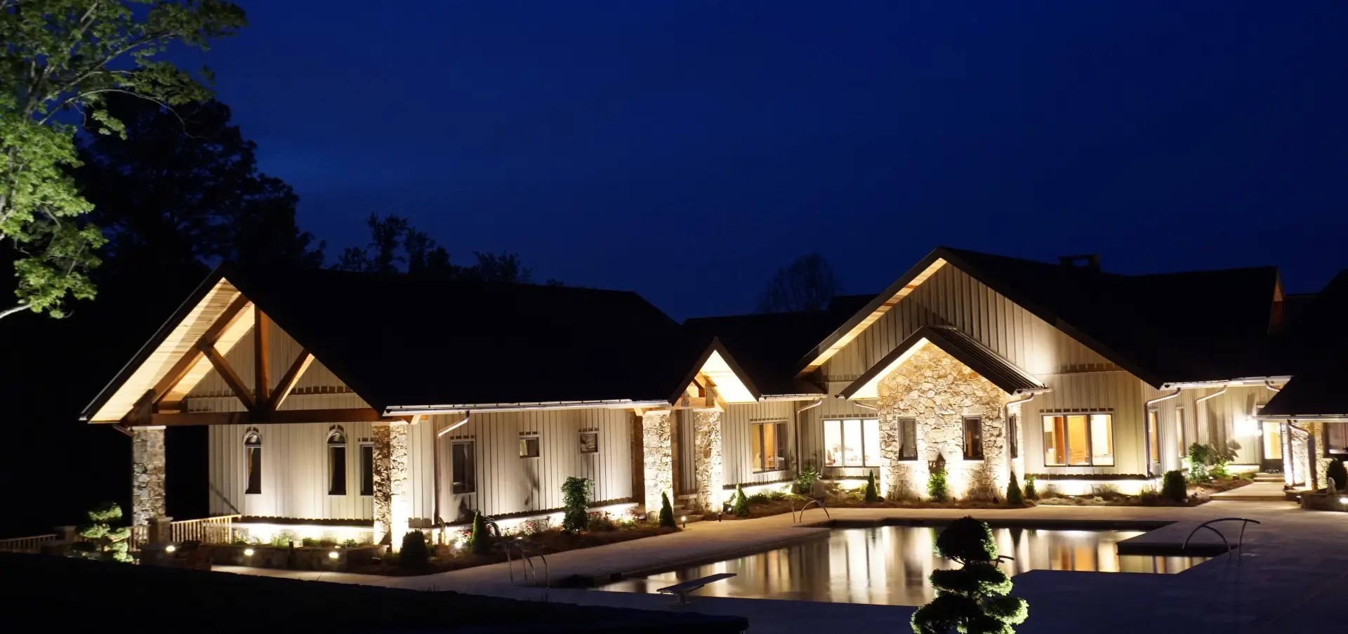 Illuminate Your Spring Nights With Outdoor Landscape Lighting Landscapes Unlimited