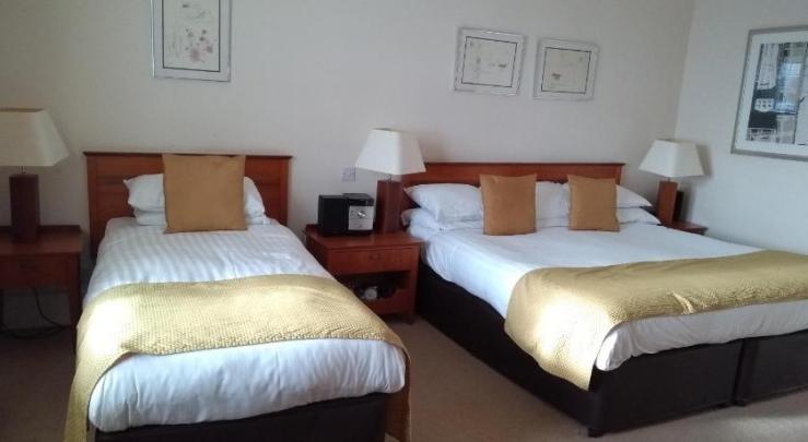 Pitbauchlie Hotel Bedroom