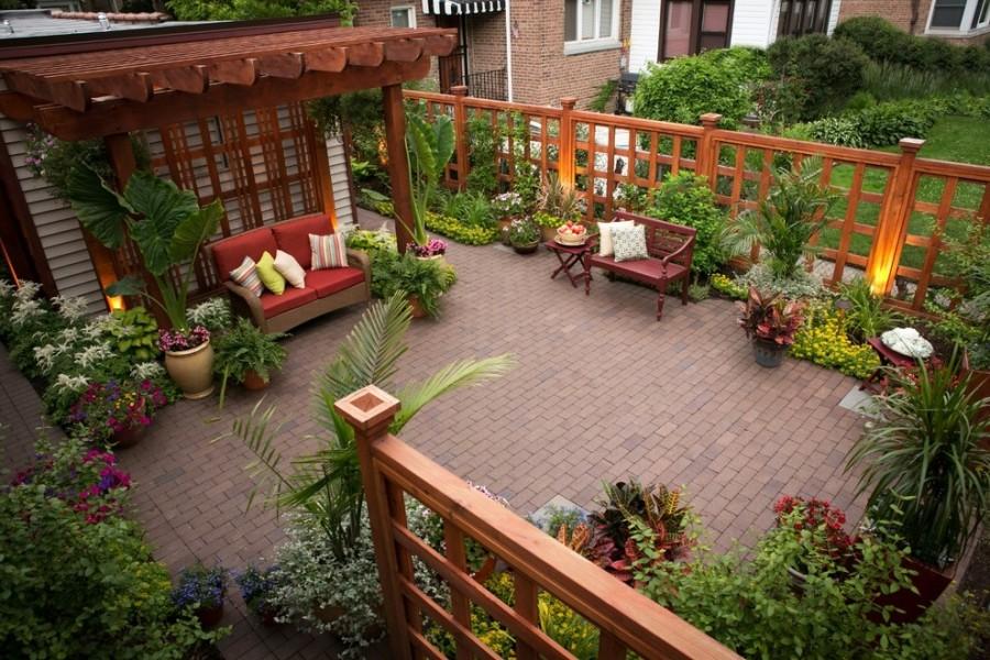 под плитку красиво оформить двор частного дома фото обычно садится