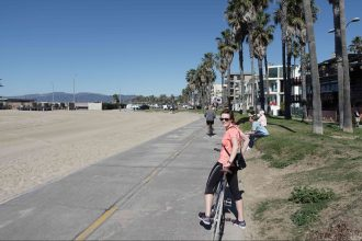 cycling on the beaches in LA