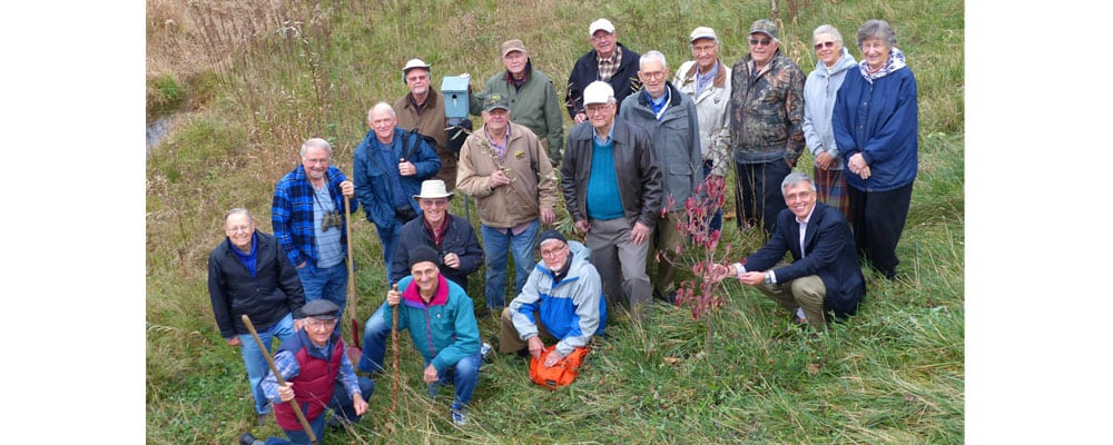 Friends of the Woods and Wetlands Group Receives Distinguished Service Award