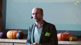 sepp-braun-landwirtschaft-in-partnerschaft-mit-der-natur-aufbauende-landwirtschaft-2017