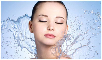 """Suva vs. dehidrirana koža, hidratacija iz """"Lanee"""""""