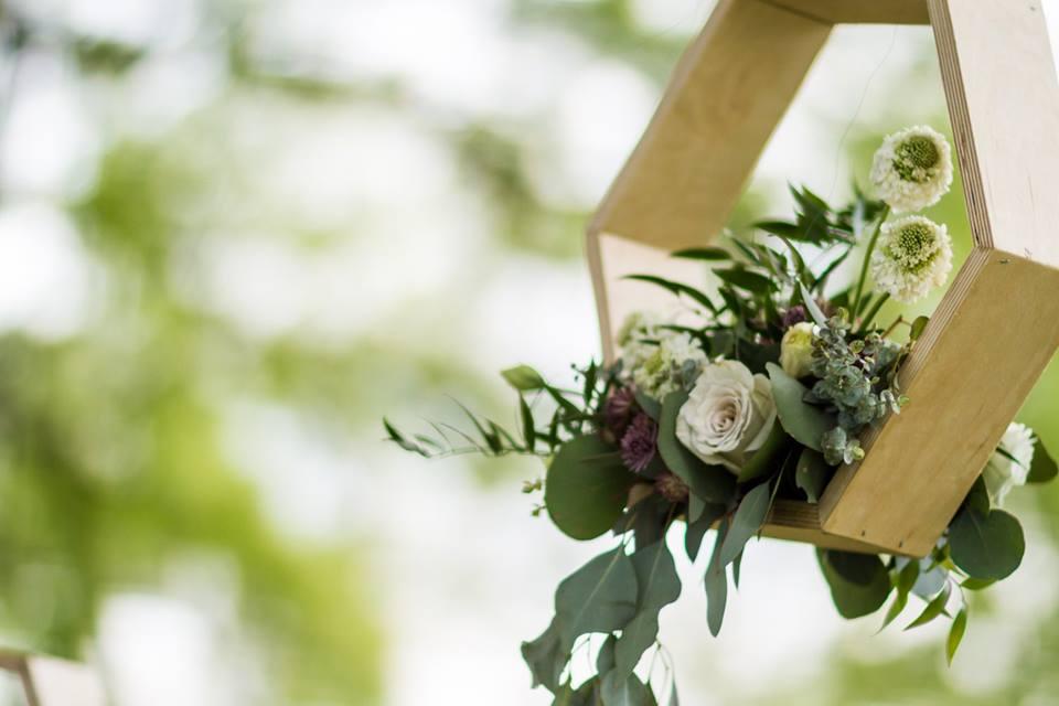 Dusty_Lavender_Hexigon_Shelves_Chattanooga_Florist_Lang_Floral_Designs_2