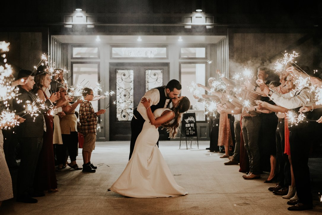 Burgundy_Fall_wedding_flowers_Lang_Floral_Designs_Chattanooga_Howe_Farms_1084